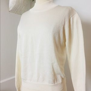 ⭐️Talbots Turtle Neck Longsleeves Top ⭐️ M⭐️